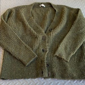 SUPER soft & warm top shop hunter green cardigan